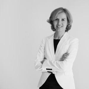 Dr. Bettina Stomper-Rosam 1200x 1200